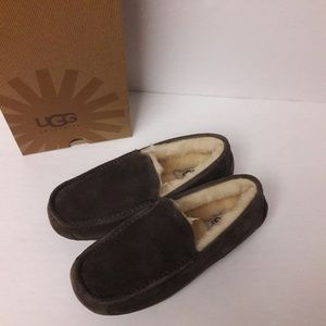 New Men's UGG Slippers Size 8